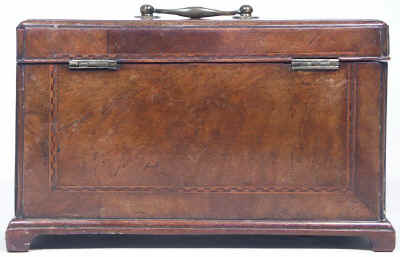 18th Century walnut Tea Chest Fitted with a Secret Compartment, Circa 1780. tcchsd09.jpg (61971 bytes)