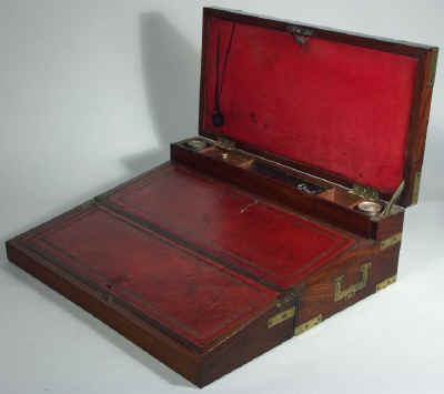 A Georgian Mahogany Triple Opening Writing Box circa 1810 wbtoma03.jpg (61577 bytes)